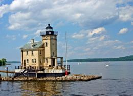 Lighthouse on the Hudson wallpaper 1667