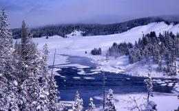 Yellowstone in winter wallpaper 615