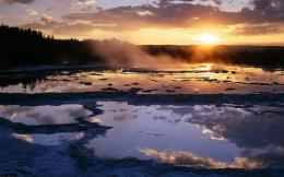 Download Sunset At The Great Fountain Geyser In Yellowstone wallpaper 1965