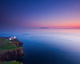 Lighthouse in gorgeous oceanscape wallpaper 420