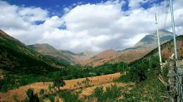 Magnificent mountains and nature in northern Iraq 6 10 2010 By FO 1808