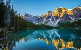Magnificent mountains Wallpaper 371