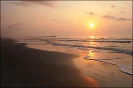 features a glorious sunrise over the warm waters of myrtle beach 1175