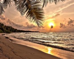 Magnificent sunset over tropical beach wallpaper 1080