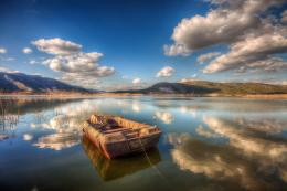 Resting boat reflection peaceful mountains HD Wallpaper 847