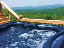 Amazing views from this awesome hot tub for 6Enjoy the lights and 272
