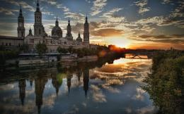 Download Splendid sunrise at ZaragozaSpain wallpaper in City 1613