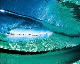 Download Under the strong ocean waves wallpaper in Nature wallpapers 1220