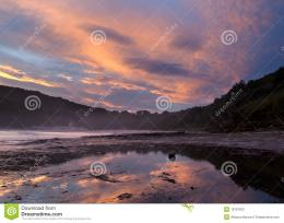 Sunset Clouds Reflection On The Coast Royalty Free Stock Photography 327