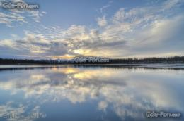 File Name : 305190 blue sky lake reflection cloud cirri 4228x2809 1199