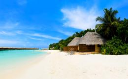 Beach bungalows on the tropical island wallpaperBeach Wallpapers 1021