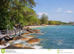 Walkpath on Independance beach in Cambodia 979