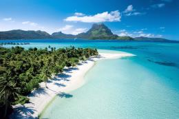 Beautiful White Sand Beach in Bora Bora 520