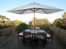 Ocean Deck Apartment: Quiet Cliff Top Location With Beautiful Views 1787