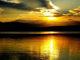 PanoramioPhoto of sunset over the lake Ogosta, Montana 928
