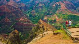 waimea canyon hawaii natural wonders ss waimea canyon 010 waimea is 1318