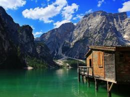 Download Wondrous lake house wallpaper in Nature wallpapers with all 517