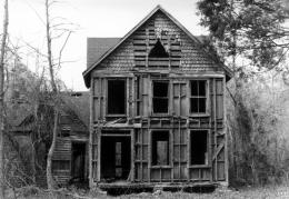 Description Abandoned house in White Marsh, Virginia jpg 553