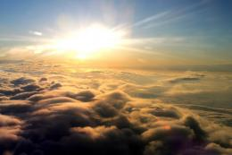 clouds heading in from the west – via Flickr Above the Clouds – by 167