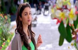 alia bhatt in student of the year 892