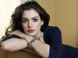 Anne Hathaway Actress HD Wallpaper 921