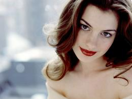 beautiful anne hathaway desktop wallpaper download beautiful anne 1463