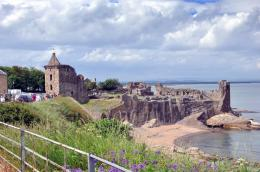 North Fife: St Andrews Harbour Cathedral Castle 732