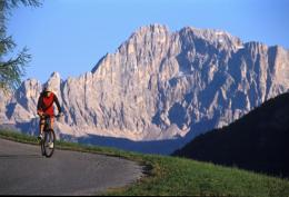 dolomite mountains   the healthy holiday company 570