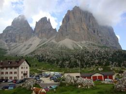 Dolomite mountains, Bruneck, Italy | Places I\'ve been | Pinterest 855