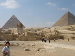 Description Egyptian Pyramids jpg 1494