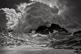 Picture of the Day: Dark and Stormy «TwistedSifter 823