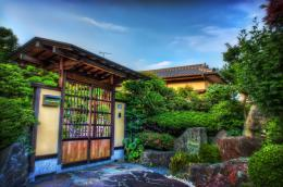 Here are some previous entries in this Japanese Houses series: 745