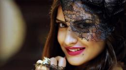"Share the post ""Himanshi Khurana Beautiful HD Wallpaper\"" 932"