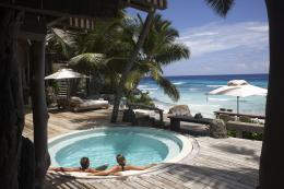 Download Hot tub Jacuzzi on luxury resort High quality wallpaper 1804