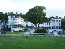 Victorians! More backroads views of Mackinac Island | Huffygirl\'s Blog 1824