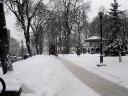 In Kiev: Amazing City Snow Cleaning 401