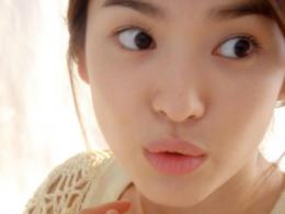 Song Hye Kyo is korean model and actressShe is known very beautiful 344