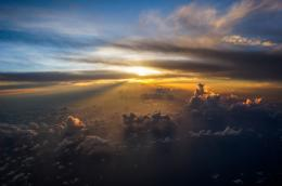 Ultimate Sunset22 Incredibly Breathtaking Photos Taken From An 225