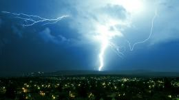 This is one big lightning strikeI wonder how all the houses still 688