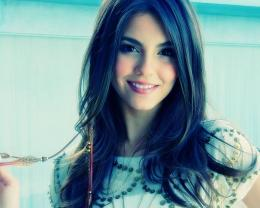 Cute Mac HD Wallpapers Victoria Justice Smile Background 1280x1024 1017