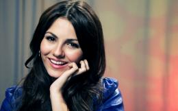 Smiling Victoria Justice Wallpaper 1710