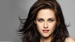 Download Kristen Stewart portrait wallpaper in Celebrities wallpapers 1985
