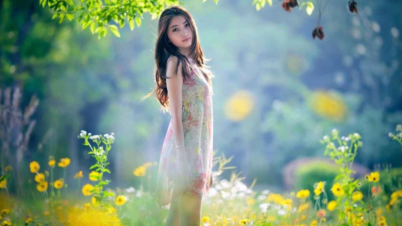 Download Pretty asian girl wallpaper in People wallpapers with all 631