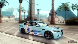 BMW M5 with interesting began airbrushing Itasha style 889