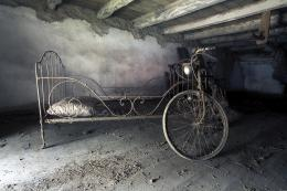 the hospital, bicycle, attic, bed, abandoned, photo vintage 1673