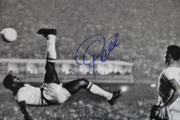 Pele Soccer Player Bicycle Kick Pele black and white bicycle 1743