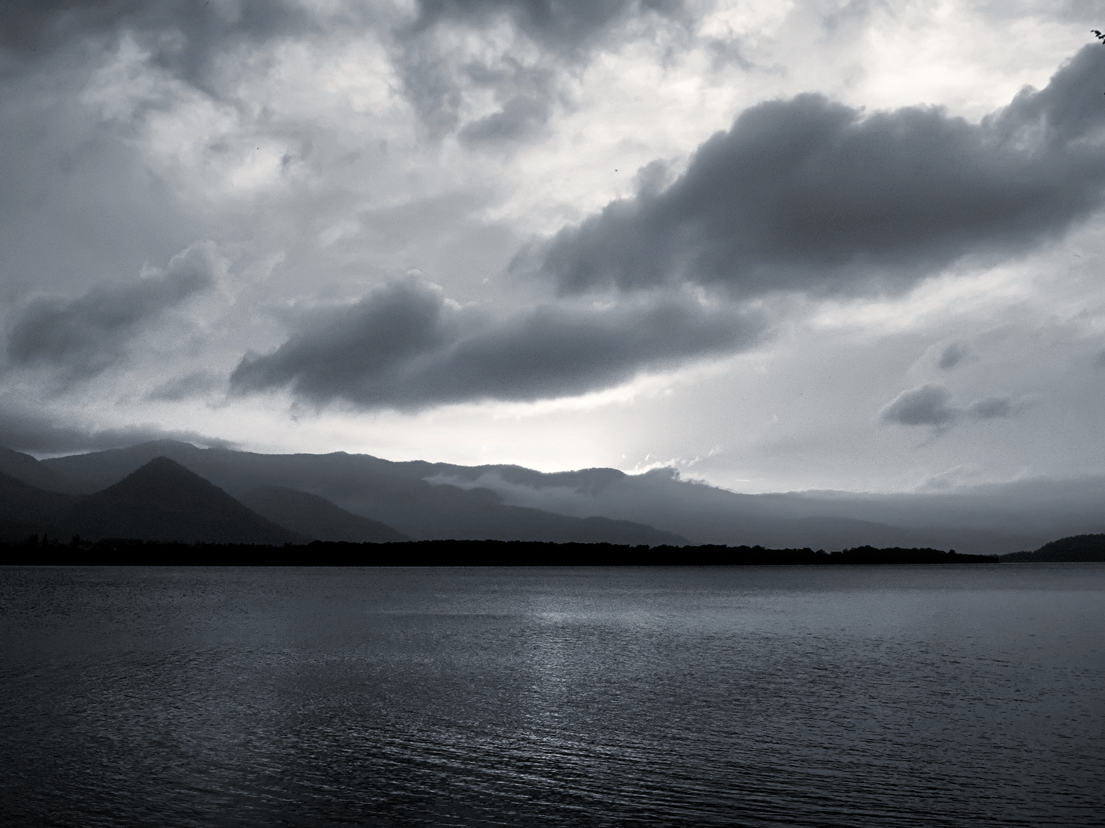 Black and White Sea Coast Clouds wallpaper – Some Thoughts on 966