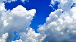White clouds on the blue sky Wallpaper #34658 1633