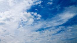 White clouds on the blue sky Wallpaper #11487 204