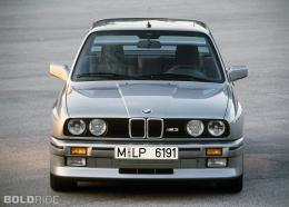 your Wednesday wheels wallpaper — the timeless BMW M3 E30 coupe 1428